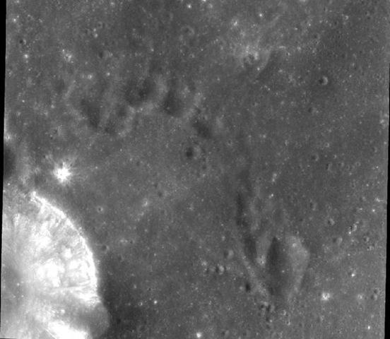 Toricelli Krateri